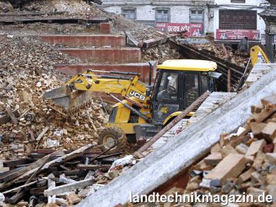 jcb spendet maschinen f r das erdbebengebiet in nepal landtechnik allgemein magazin f r. Black Bedroom Furniture Sets. Home Design Ideas