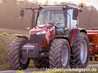 bild 1 die massey ferguson vierzylinder traktoren mf 5710. Black Bedroom Furniture Sets. Home Design Ideas