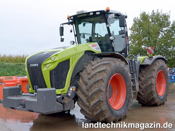 Claas mit neuen xerion 4000 4500 und 5000 auf der agritechnica 2013